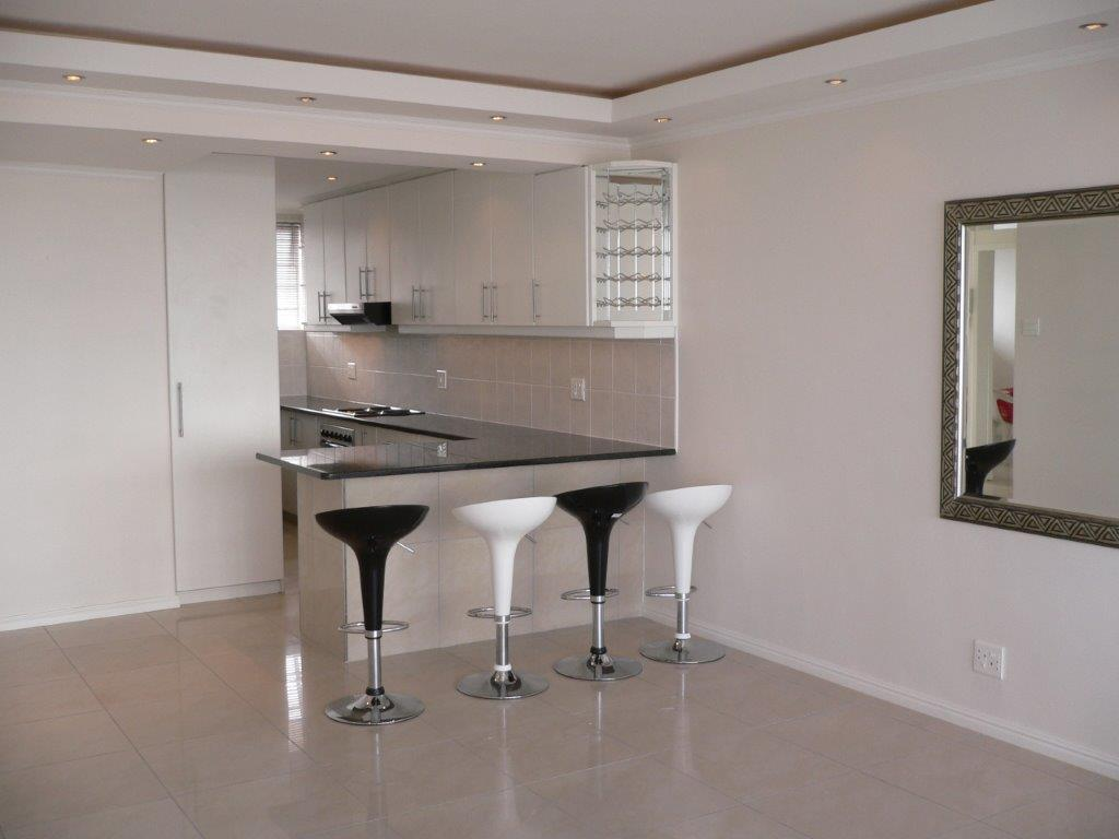 mouille point beachfront, unfurnished two bedrooms